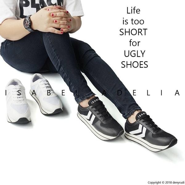 Isabel PRILLY Sepatu Kets Olahraga Casual Santai Wanita Sneakers Shoes Hitam  Putih 21474505f2
